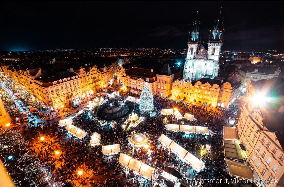 Prager Weihnachtsmarkt von Viktor Hanacek