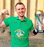 Grand Prix of Saxony-Anhalt International Armwrestling Cup, Sachsen-Anhalt, Matthias Hellboy Schlitte, kämpft zusammen mit dem DeutschLand-Riegel