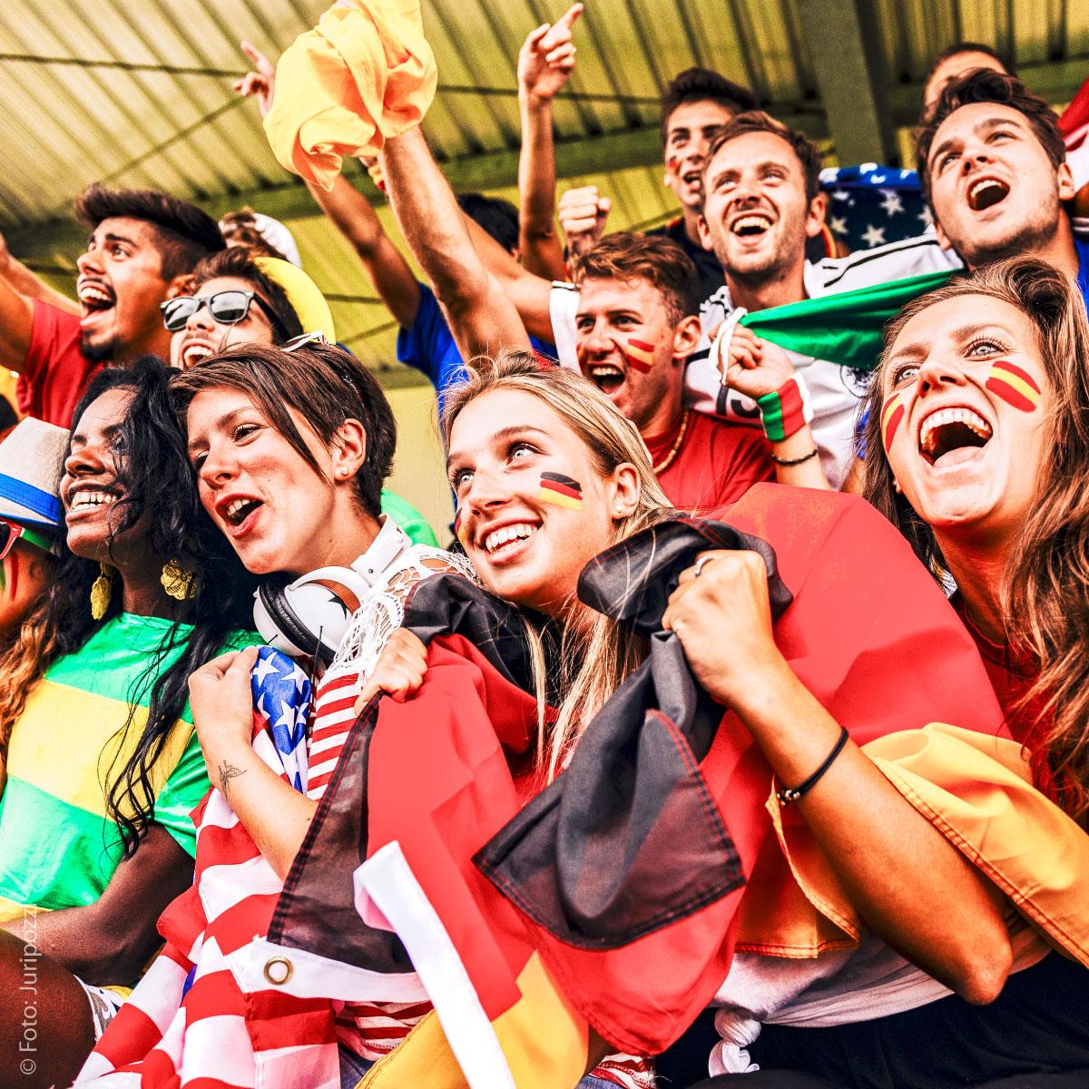 Glückwunsch, Fußball, Nationalmannschaft, Damen, Herren, Frauen, Männer, Deutschland, WM, EM, Weltmeisterschaft, Europameisterschaft